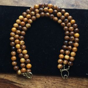 """Elegant wooden """"pearls"""""""